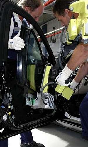 Conserto de fechaduras para carros blindados