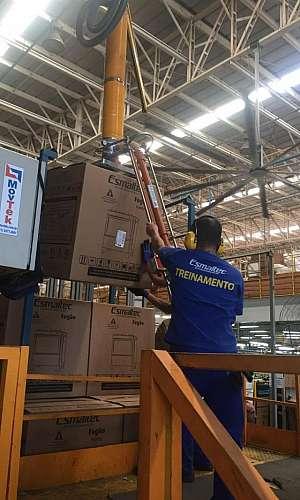 Manipulador para caixas grandes