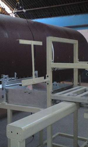 Máquina de filamento continuo